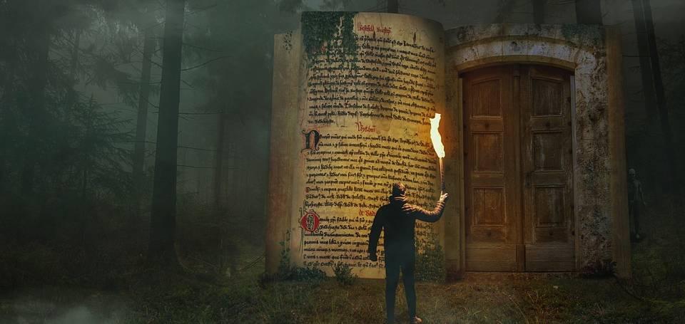 LIBROS DE MIEDO (Diego Santos Márquez).